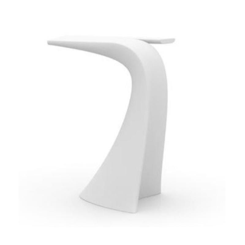 Wing high table